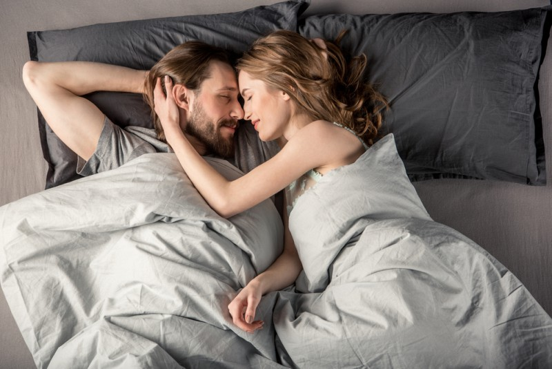 8 Important Things You Should Do After Sex_cuddle